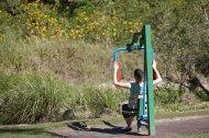 sprzęt sportowy w parku