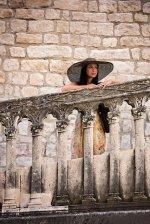 Kobieta zwiedzająca